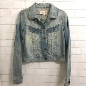 Forever 21 cropped, washed jean jacket size: small